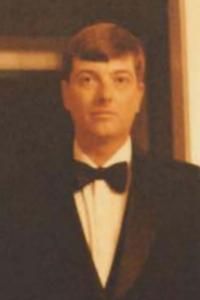 Mankes Russell Obituary Photo 1986 crop 2